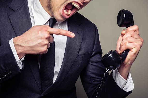 コールセンターのCRM顧客管理システムとシステム比較について
