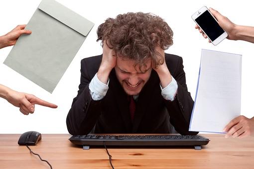 コールセンターの電話業務で最もストレスの溜まるのはSV