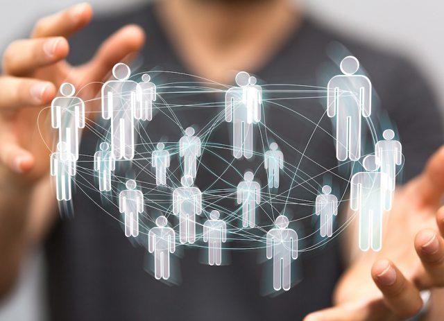 テレアポなどの業務はCTIシステムをフル活用する、CRM顧客管理システムを導入して幅広い営業支援が必要