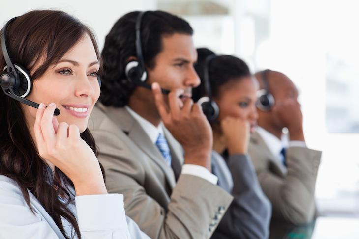 依頼することで利用を始められるネットショップのコールセンター電話代行